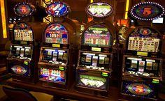 7 ИНТЕРЕСНЫХ ФАКТОВ ОБ ИГРОВЫХ АВТОМАТАХ  Если вы желаете хорошо развлечься и при этом заработать немного деньжат, то в таком случае можно сыграть в игровые автоматы и при этом получит легкие деньги.  Такой вид азартных игр популярен практически во всех странах мира, даже среди тех людей, которые не являются заядлыми поклонниками азартных развлечений и геблинга. И в этом материале мы рассмотрим самые распространенные факты об игровых автоматах.  1. Автоматы для незрячих.  Может показаться…