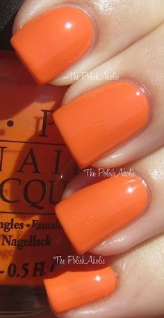 OPI - In My Back Pocket, orange nails