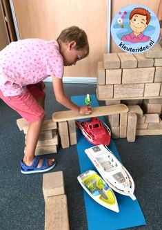 Construction of a bridge in the building corner, theme of the harbor, kindergarten idea. Source by i Transportation Preschool Activities, Psg, Kids Bedroom Storage, Kindergarten Themes, Nursery, Construction, Boat, Building, Corner