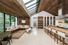 Nowy dom Rosie Huntington-Whiteley i Jasona Stathama, fot. East News Dream House Exterior, Rosie Huntington Whiteley, Beautiful Living Rooms, Style At Home, Interior Design Inspiration, Architecture, Home Deco, Home And Living, Building A House