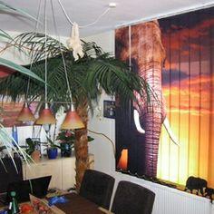 Lamellenvorhang mit Elefant.