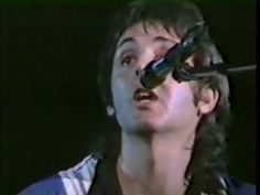 Paul McCartney - Blackbird (Live Version from 70s)