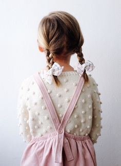 Rainbow bows for her colorful world. Click to shop the Rainbow Linen collection. Each Wunderkin bow is handmade by women in the USA and guaranteed for life. The perfect accessory to your baby, toddler, or little girl and her free spirited style.