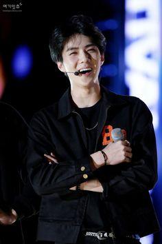 Sehun - 150524 2015 Lotte Duty Free Family Festival K-pop Concert Credit: 여기잇츄. (2015 롯데면세점 패밀리페스티벌 케이팝 콘서트)