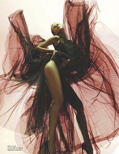 fantaisie: anne vyalitsyna by warren du preez and nick thornton jones for numéro #135 august 2012