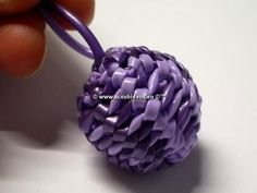 - Scoubidou ball - photo-text-tuto, by Stéphanie: La disco-boule scoubidou
