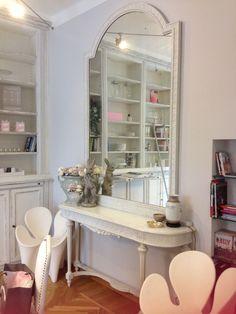 White mirror !