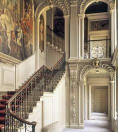 Staying with the John Vanbrugh theme with the beautiful Baroque staircase at Kimbolton Castle, Cambridgeshire. Interior Design Instagram, Entry Stairs, Baroque, Castle, Beautiful, Home Decor, Houses, Rooms, Wedding Ideas