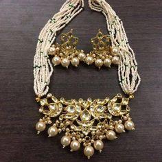 Items similar to Kundan pendent set on Etsy Indian Jewelry Sets, Indian Wedding Jewelry, Bridal Jewelry, Gold Jewelry, Beaded Jewelry, Nice Jewelry, India Jewelry, Jewelry Findings, Antique Jewelry