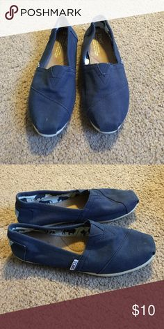 Navy blue Toms Women's navy blue Toms, size 6.5. Only worn a handful of times. TOMS Shoes Flats & Loafers
