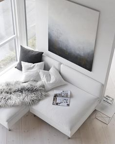 "Nina Holst auf Instagram: ""My relaxing place... #livingroom #painting #byninaholst"""