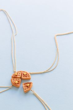 Delight your #brunch bunch with these #DIY waffle friendship necklaces!