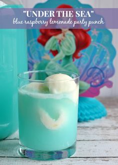 Ariels Under the Sea Blue Raspberry Lemonade Party Punch Recipe #TheLittleMermaid #Disney #Ariel Yummy Drinks, Fun Drinks, Party Drinks, Cocktails, Beverages, Alcoholic Drinks, Juice Drinks, Little Mermaid Birthday, Little Mermaid Parties
