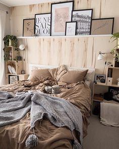 Farmhouse Bedroom Decor, Home Bedroom, Bedroom Ideas, Master Bedroom, Budget Home Decorating, Interior Decorating, Decorating Ideas, Apartments Decorating, Decorating Bedrooms