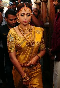 Discover thousands of images about Traditional South Indian Bridal Blouse Designs - Kurti Blouse South Indian Wedding Saree, Indian Bridal Sarees, Bridal Silk Saree, Indian Bridal Outfits, Indian Silk Sarees, Indian Bridal Fashion, Saree Wedding, Bridal Dresses, Wedding Outfits