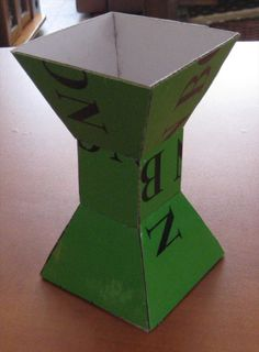 Cardboard Vase - step by step Photo tutorial - Bildanleitung