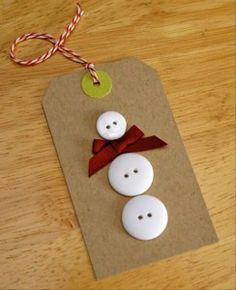 Snowman Gift Tags or cute craft for kids Christmas Gift Tags, Christmas Crafts For Kids, Homemade Christmas, Christmas Projects, Winter Christmas, Holiday Crafts, Holiday Fun, Christmas Decorations, Christmas Ornaments