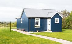 Inspiration for low-cost traditional and contemporary-style self builds Container Homes For Sale, Building A Container Home, Building A Tiny House, Container House Plans, Container House Design, Shipping Container Homes, Tiny House Design, Container Van, Container Houses