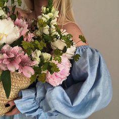 My Flower, Beautiful Flowers, No Rain, Flower Aesthetic, Planting Flowers, Selfies, Floral Arrangements, Floral Wreath, Rose