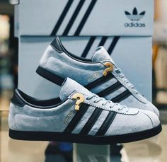 best authentic aee48 3e156 New Berlin drops in 14 days...  shoessneakers Adidas Hombre, Calzado  Deportivo