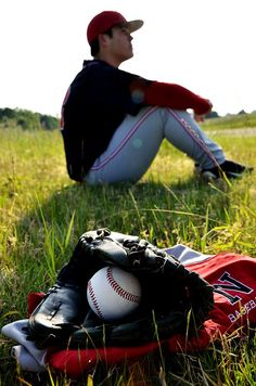 Senior Photo Session: Baseball  Copyright Amber S. Wallace Photography  http://amberswallacephotography.shutterfly.com