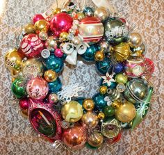 """Vintage Ornament Christmas Wreath Multi Color Shabby Cottage Chic Pinks Blues 19"""" Christmas Decorations Holiday Decor"""