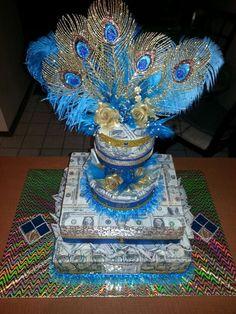 Hình ảnh bánh gato tiền chúc mừng sinh nhật độc đáo và ý nghĩa Money Birthday Cake, 40th Birthday Presents, Money Cake, Money Lei, 21st Birthday, Birthday Ideas, Candy Gifts, Jar Gifts, Money Creation