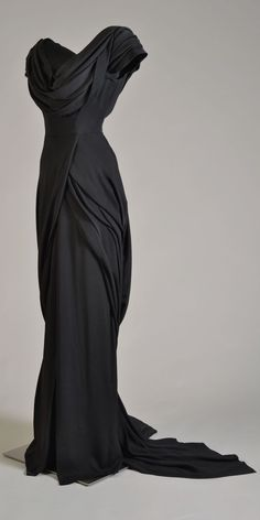 Costume designed by Walter Plunkett for Katharine Hepburn in Adam's Rib (1949