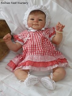 This is a beautiful little girl  created by Andrea Melo from Babies Nest Nursery using a Coco sculpt by  Elisa Marx