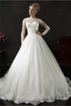 Romantic Ball Gown High Neck Long Sleeve Tulle Lace Wedding Dress