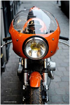 Cafe Racer Seat, Cafe Racer Bikes, Cafe Racers, Cb750 Cafe, Scrambler, Ducati 900ss, Baby Bike, Mobile Art, Cafe Style