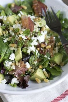 Couscous with avocado and bacon - Brenda Kookt! - Replace the couscous with Atkins Penne Salad with avocado and bacon - Salad Recipes Low Carb, Avocado Recipes, Bacon Avocado, Avocado Toast, Healthy Recepies, Healthy Dinner Recipes, Penne, Atkins, Brenda