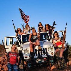 Just Jeep stuff that I like. Jeep Wrangler Girl, Jeep Wrangler Unlimited, Jeep Wranglers, Jeep 4x4, Jeep Truck, Mudding Trucks, Trucks And Girls, Car Girls, By Any Means Necessary