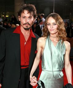 It's shocking, we know, but apparently Johnny Depp and Vanessa Paradis have some stupendous DNA between them. Now that DNA is a beautiful teenage girl hitting up runway shows in custom Chanel. Lily-Rose Melody Depp, the 15-year-old daughter of Depp...