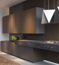 Elegant kitchen ideas with dark color is a high sense for modern kitchen design. Modern kitchen organization would be the heaven of housewife or housemen, You will find some modern kitchen decor ideas via this gallery. Small Modern Kitchens, Modern Kitchen Interiors, Contemporary Kitchen Design, Luxury Kitchens, Modern House Design, Interior Design Kitchen, Home Kitchens, Kitchen Decor, Kitchen Ideas