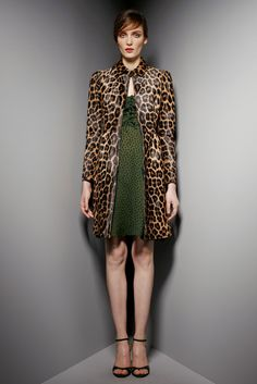 Valentino Pre-Fall 2012 Collection Photos - Vogue#1#2