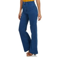 Our model wears a size 34 and is 177 cm tall. Flare Jeans, Feminism, Bell Bottom Jeans, Girly, Model, Campaign, Pants, How To Wear, Blue