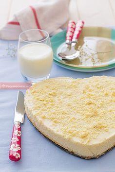 Receta fácil para hacer una tarta de chocolate blanco. Descubre ricas recetas de tartas y sorprende con una tarta de chocolate blanco riquísima.
