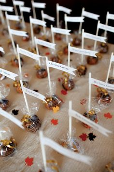 Cake pop escort cards and fall confetti. Photography courtesy of Jessica Blaine Smith Photography. October Wedding, Autumn Wedding, Our Wedding, Wedding Place Cards, Wedding Paper, Fall Cake Pops, Fall Candy, Wedding Venue Decorations, Piece Of Cakes