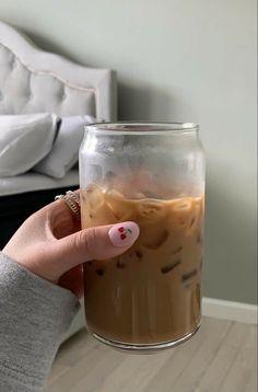 But First Coffee, Coffee Love, Iced Coffee, Coffee Drinks, Think Food, I Love Food, Good Food, Yummy Food, Aesthetic Coffee