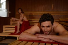 Niedertemperatursauna #sauna #finnish #woman #man