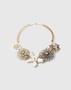 Necklace: Oasis. Click on the picture to get the product <3