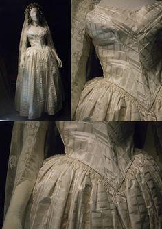 1840s Victorian wedding dress. Fashion museum Bath