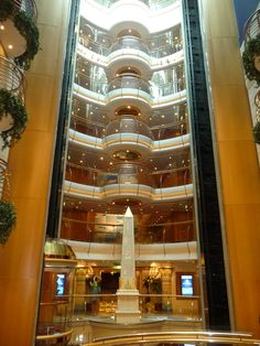 Elevators- Freedom of the Seas