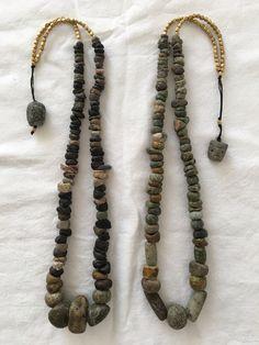 Rock Jewelry, Jewelry Making Beads, Stone Jewelry, Jewlery, Jewelry Crafts, Handmade Jewelry, Boho Diy, Ancient Jewelry, Cool Necklaces