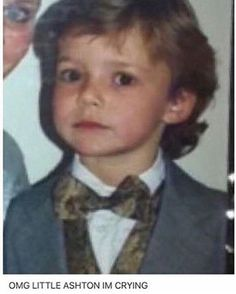 OH MY>>AW OMG THE CUTENESS LEVEL IS A LEVEL THAT CANT BE REACHED BUT ONLY LITTLE ASHTON CAN REACH IT