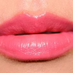 12 Beautiful Pink-Coral Lipsticks for Summer