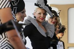 Last minute Spring Racing tips || FireHosiery - Leaders in Legwear Fashion - firehosiery.com Spring Racing, Races Fashion, Fascinators, Your Style, Hats, Hat, Head Jewelry, Hipster Hat, Caps Hats