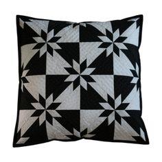 HUNTER STAR ČB Throw Pillows, Quilts, Blanket, Stars, Handmade, Scrappy Quilts, Toss Pillows, Hand Made, Cushions