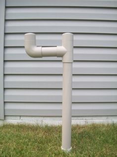 DIY - Outdoor Lawn Gardening Water Hose Holder Stand: make from PVC sewer pipe!